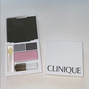 Clinique Smoky Eyeshadow Blush Palette